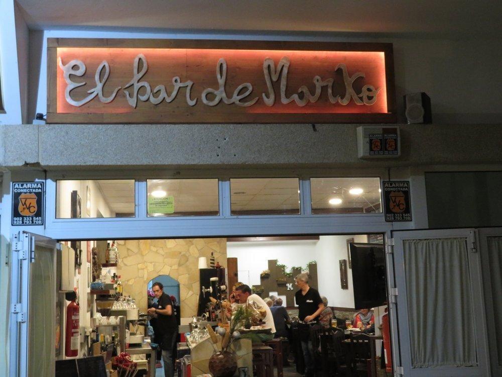 El Bar de Marko y Moni